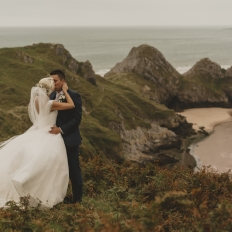 Gower-Three-Cliffs-Wedding-Photography-Oldwalls-Gower-Wedding-Venue-